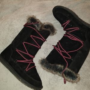 Black Eskimo Style Fur Lined Winter Boots NWT